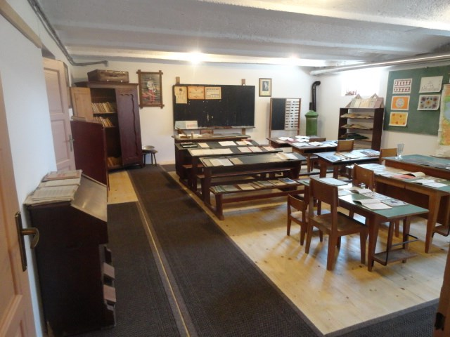 solski-muzej-na-Muljavi-1