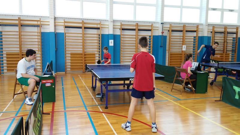 namizni-tenis-podrocno-2015-10.jpg