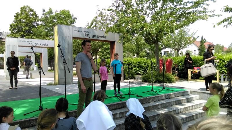 prireditev-rastoca-knjiga-ljubljana-maj-2016-01